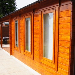 Deluxe Studio Cabin 12 Gable + Veranda